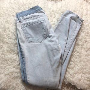 FRAME Denim Size 26 Skinny Jeans